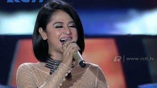 """Dewi Persik """"Kata Pujangga"""" - Konser Philips Terang LED - Jakarta"""