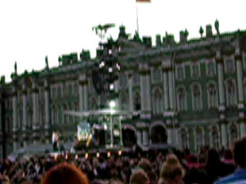 Rolling Stones Miss You (to B-stage) St.Petersburg