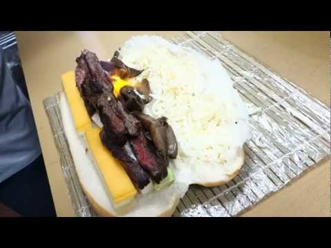 Chef Hiro makes a NoVe Slider Roll