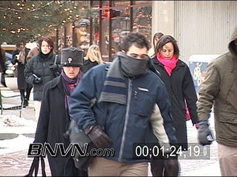 12/21/2004 People in cold weather video from Minneapolis, MN
