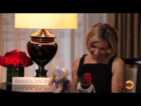 """""""Social Avenue"""" Holiday EXCLUSIVE: Up-close with Sienna Miller!"""
