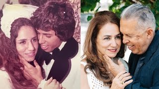 Older Couple Re-creates Their Wedding Photos