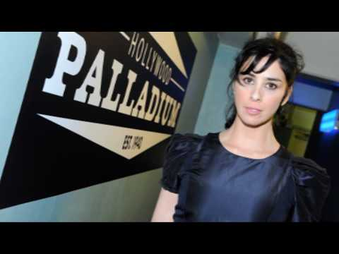 Sarah Silverman TOP LESS In New TV Show