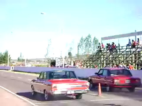 Chevrolet 400 vs Falcon Sp.