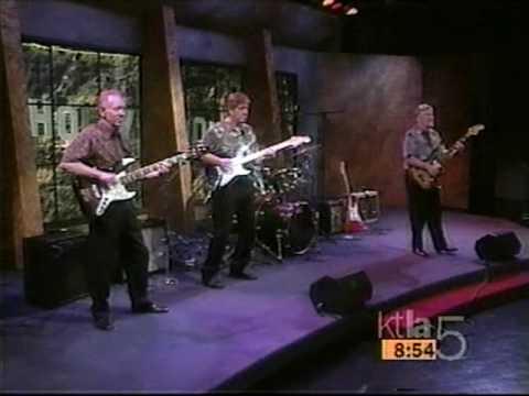 The VeNtuReS LIVE!!!! CALHOUN SURF&HAWAII FIVE-0 '97