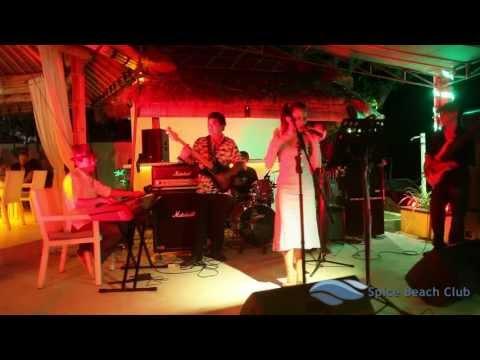 Give Me One Reason - Tracy Chapman - Lalut Aura Band - Spice Beach Club Bali