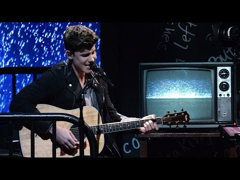 "Shawn Mendes ""Stitches"" Performance PERFECTION Billboard Music Awards"