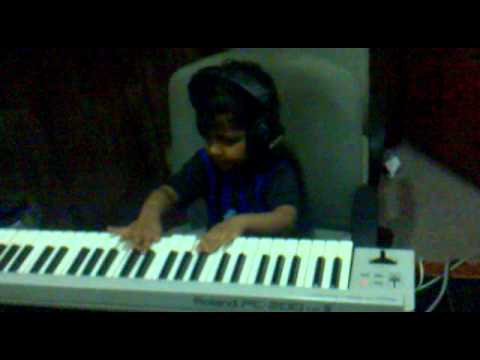 2 And Half Year Old Desi Trying Keyboard ( Why This Kolaveri Da) video