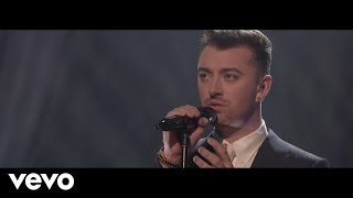 Download Lagu Sam Smith - Writing's On The Wall (Live On The Graham Norton Show) Gratis STAFABAND