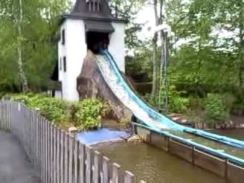 Log flume terror for Kelly and Jack at Gullivers world - YouTube