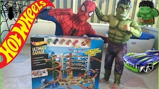 SPIDERMAN TOYS BIGGEST HOT WHEELS ULTIMATE GARAGE SPIDERMAN AND  HULK PLAYING BEST HOT WHEEL