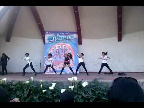 Baile K-POP en el parque selva alegre de Arequipa 22.06.2014