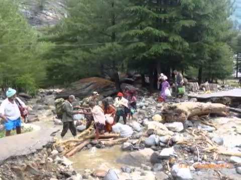 Shocking Photos of Rescue Operation Uttarakhand Flood 2013
