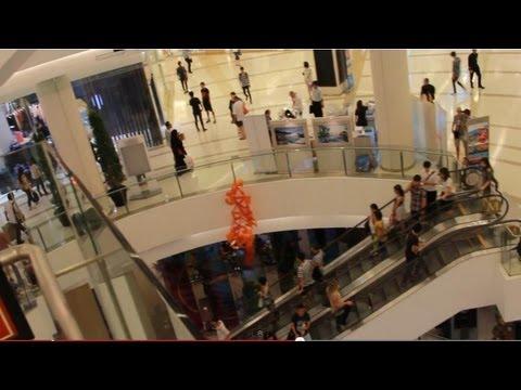 2013 SIAM Paragon Shopping Mall Bangkok Thailand HD