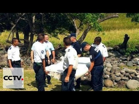 Search for MH370: Plane parts found in Madagascar