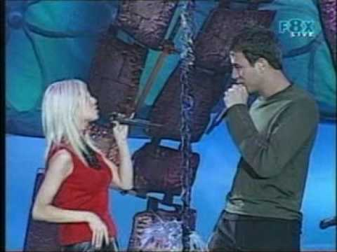christina-aguilera-enrique-iglesiasmpg.html