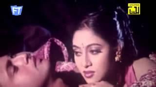 Valobese Kosto By Riaz & Shabnur Film Karishma Singer Ayub Bachchu & Kanak Chapa