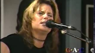 Watch Terri Clark Sometimes Goodbye video