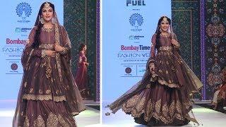 Rhea Chakraborthy Ramp Walk For Bombay Times Fashion Week | Latest Ramp Walk Video 2018