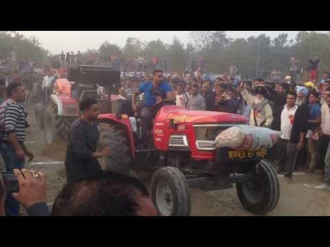 Brand New Tractor Tochan Race (22-11-2013) video