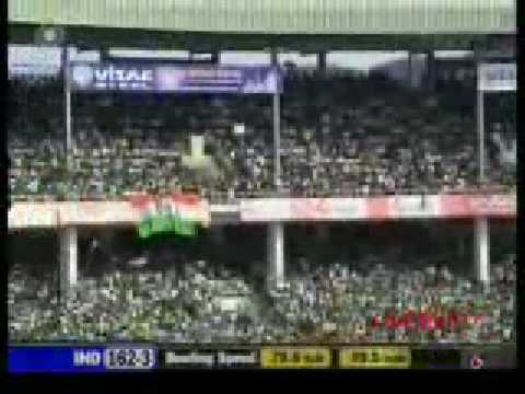 [ Funny Cricket ] Ganguly makes the commentator look like a FOOL!!