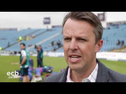 Graeme Swann on presenting James Vince's Test cap
