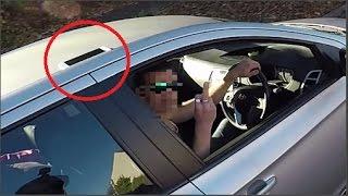 Conductor Insulta A Un Motociclista Que Lo Quiso Ayudar Y Este Toma Venganza