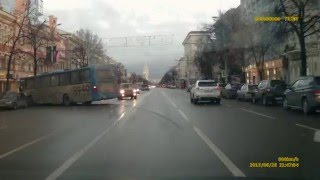 проспект Революции на видео в Воронеже: ДТП 24.12.2015 Воронеж Проспект Революции (автор: nicelish)