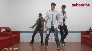 Amazing HipHop dance...(2)....by........Atomic_Bluster