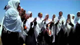 Ola Negele Women Singing.m4v