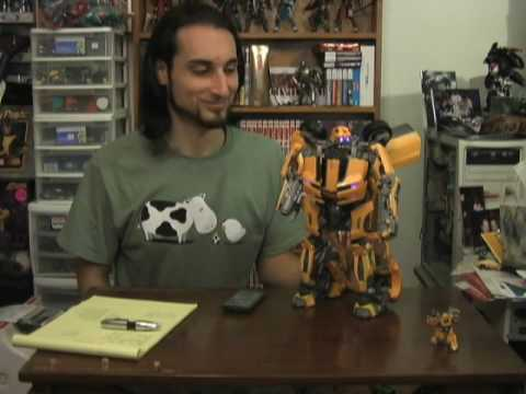 PowetToys: Transformers Ultimate Bumblebee