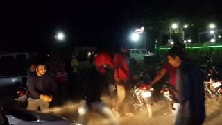 Jhinghat Dance - Boyz going mad at Kashmira Dhaba Bhiwandi..