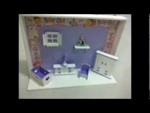 Porta Maternidade Cenário Decorativo em Lilas