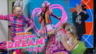 DAY IN THE LIFE OF JOJO SIWA ON TOUR!!