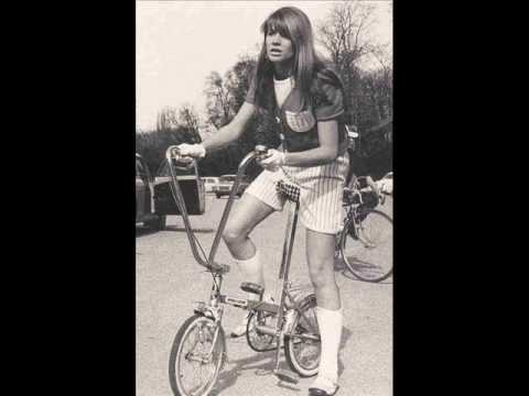 Francoise Hardy - Le Temps de l'Amour