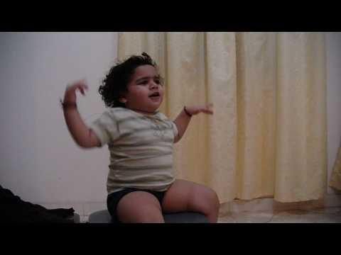 Swaraa singing aggobai dhaggobai...