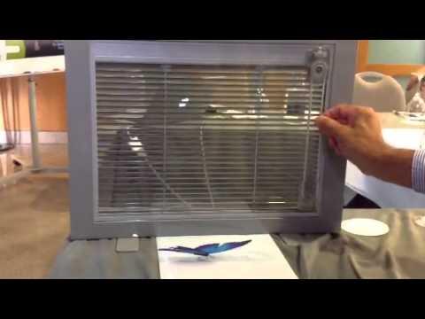 Persiana dentro del vidrio manual youtube for Precio ventana pvc con persiana