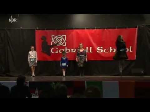 Video clip from NDR news of William Paterson playing at Hamburg Feis, Germany