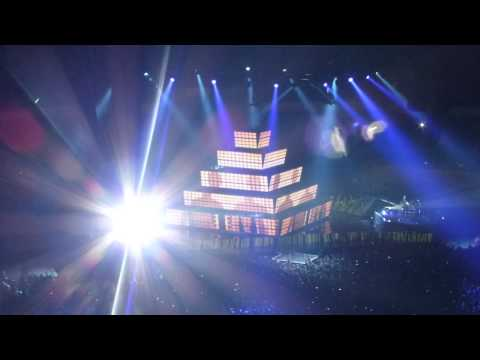Concierto MUSE Madrid 2012 · Isolated + Uprising