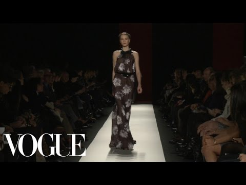 Carolina Herrera Ready to Wear Fall 2013 Vogue Fashion Week Runway Show