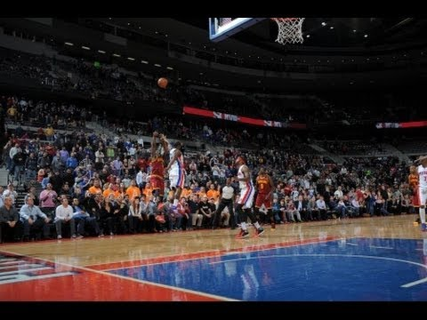 Taco Bell Buzzer Beater: Dion Waiters vs The Detroit Pistons