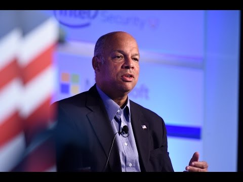 DHS Sec. Jeh Johnson describes his experience at the Texas border