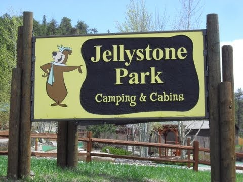 A drive through Jellystone Park near Estes Park, Colorado
