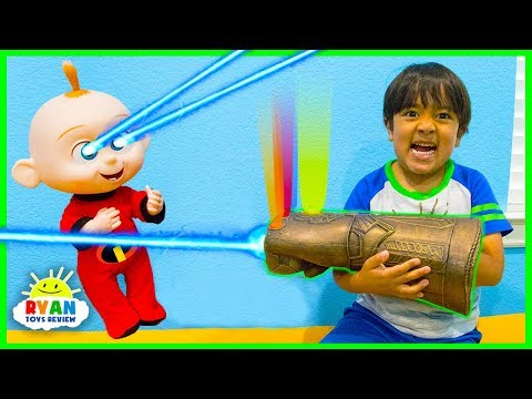 Ryan vs Jack Jack from The Incredibles 2 using Thanos Infinity Gauntlet!
