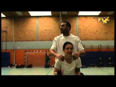 Badr Hari seminar part 6-7   Kickboxing