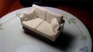 Making of sofa from play-doh