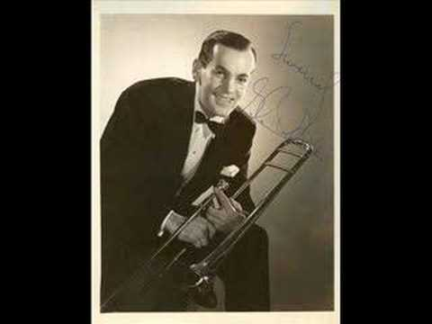 Glenn Miller-in The Mood video