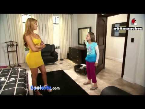 Qlazo espectacular de Vanessa Villela luciendo un infartante mini vestido ajustado