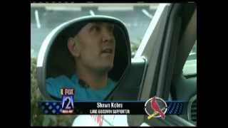 Thumbs Up For Lane - St Louis Cardinals Support During Playoffs 2012 - Andy Banker Reporting