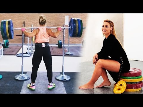 The Strongest Spanish Weightlifter Girl - Lydia Valentín